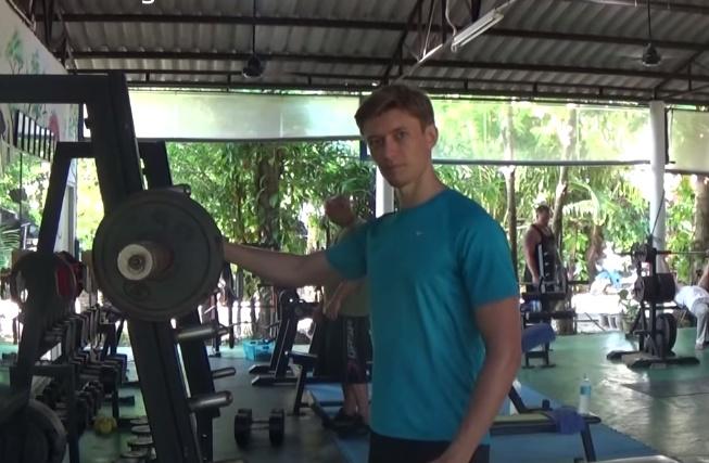 Artem-Mel'nik-fitnes-proekt-5-nedelja-trenirovok-Артем-Мельник-фитнес-проект-5-неделя-тренировок