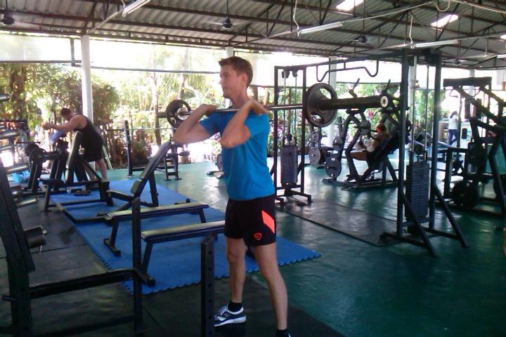 Artem-Mel'nik-fitnes-proekt-4-aja-nedelja-trenirovok-Артем-Мельник-фитнес-проект-4-ая-неделя-тренировок